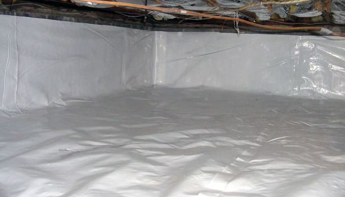 5 Advantages of Using a Wall and Floor Liner in a Crawlspace